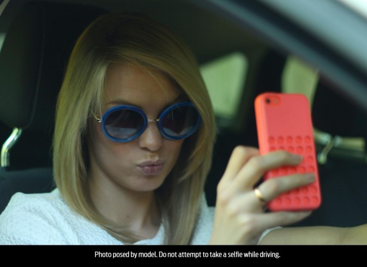 1 in 4 young drivers have taken a 'selfie' while driving
