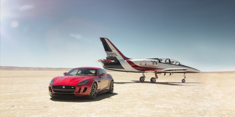 awd jaguar f-type r coupe