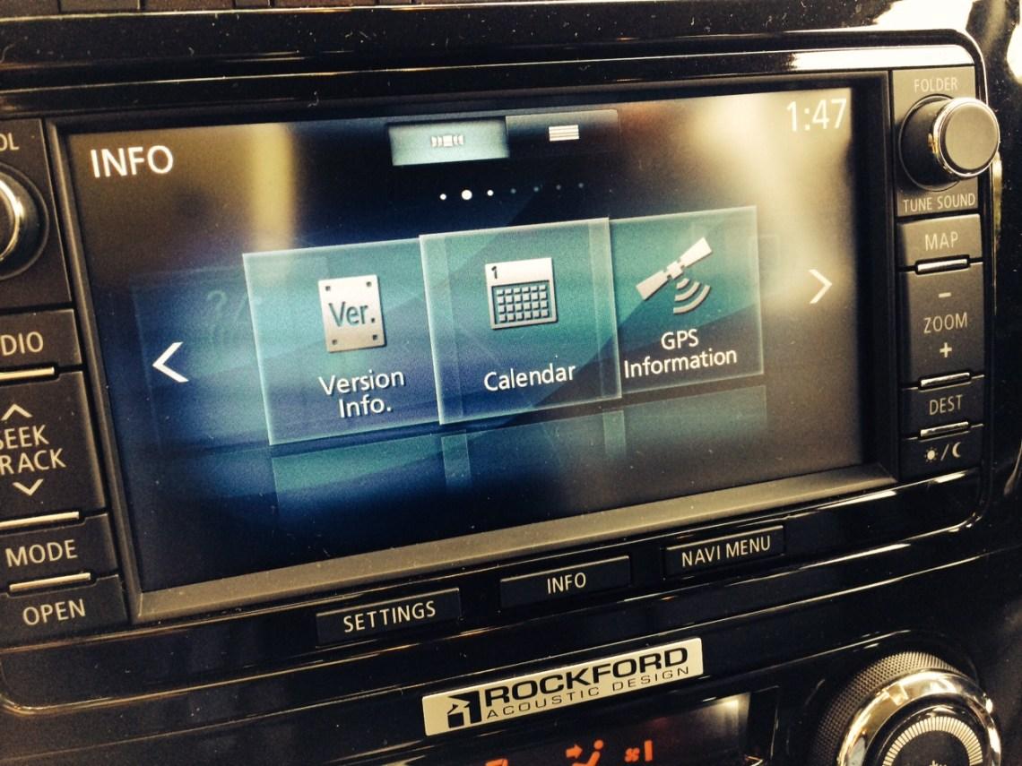 Mitsubishi Pajero audio system