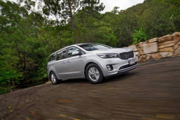2015 Kia Carnival pricing and details revealed