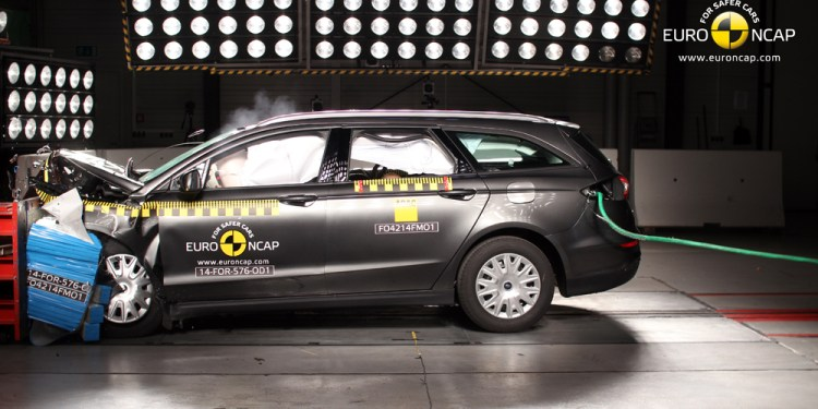 ANCAP awards Ford Mondeo, Toyota Prius V and Lexus NX with 5 stars