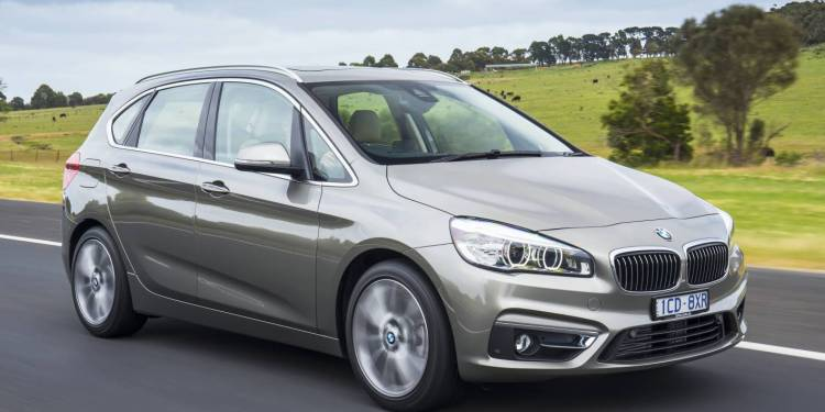 2015 BMW 225i Active Tourer review