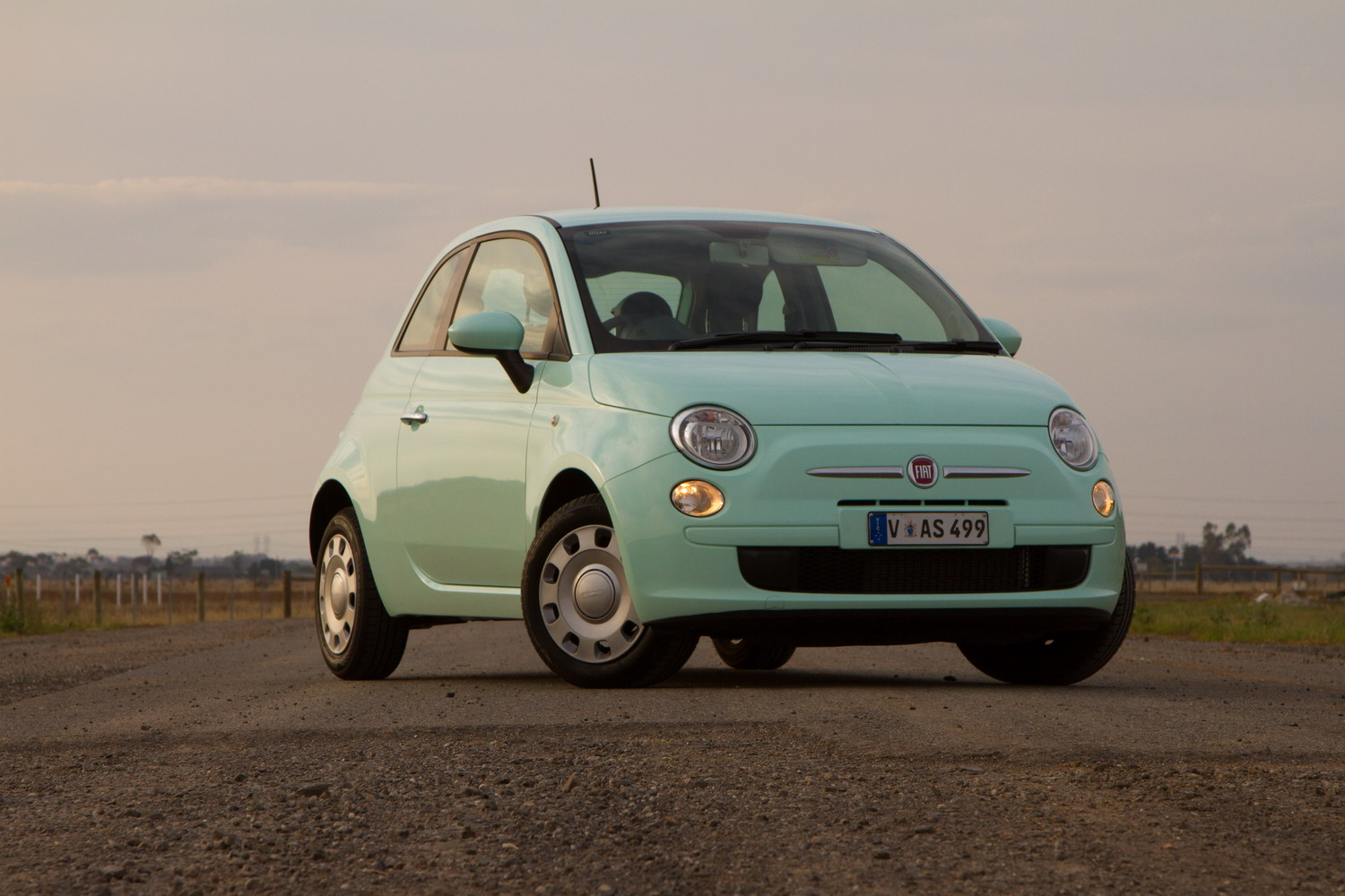 2015 fiat 500 pop review practical motoring. Black Bedroom Furniture Sets. Home Design Ideas