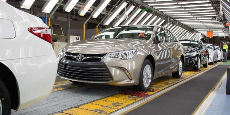 2015 Toyota Camry revealed in factory