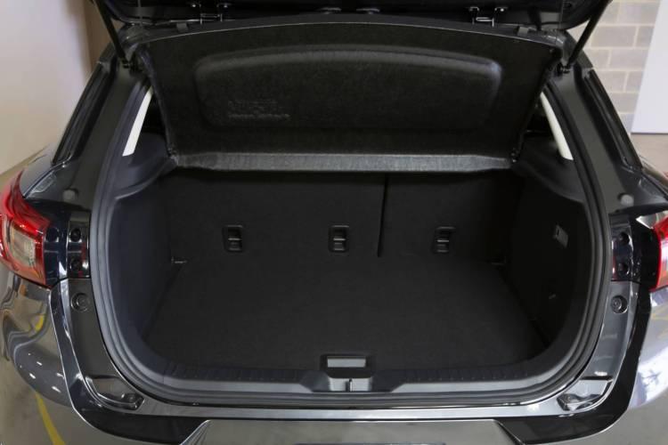 2015 Mazda CX-3 Maxx review