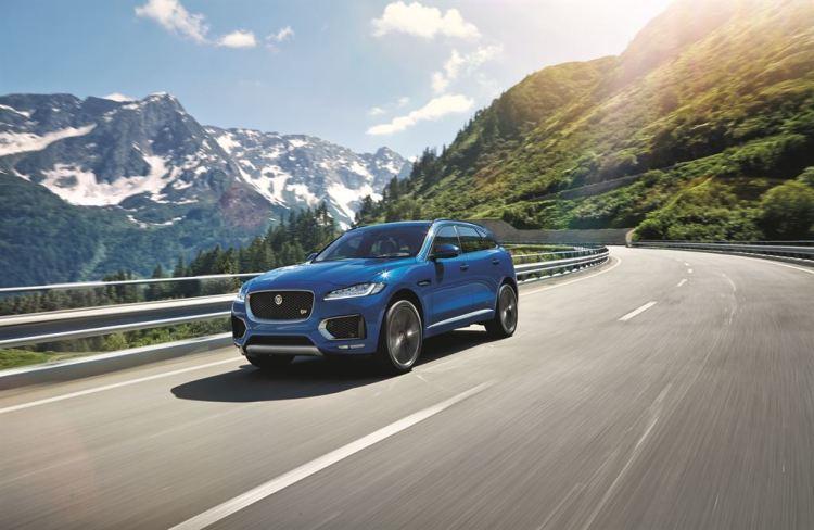 2016 Jaguar F-Pace revealed