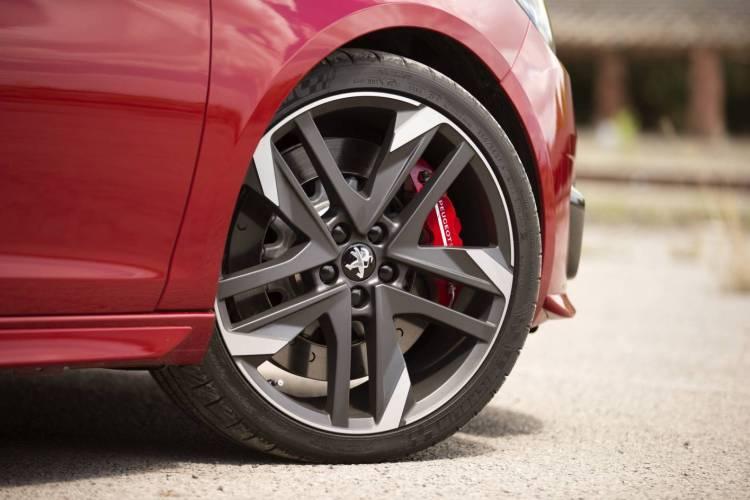 Peugeot 308 GTi 270 review