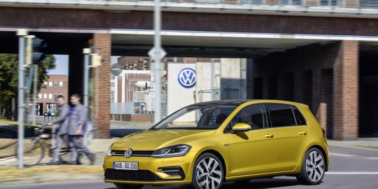 refreshed 2017 Volkswagen Golf