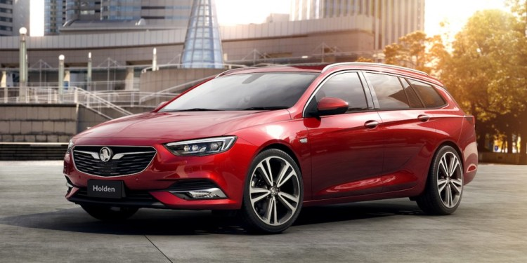 2018 Holden Commodore Sportwagon revealed