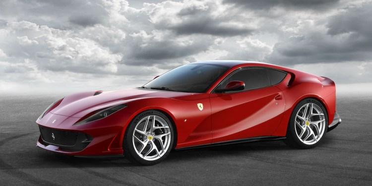Ferrari 812 Superfast revealed