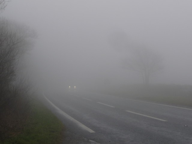 How to drive in fog by Practical Motoring