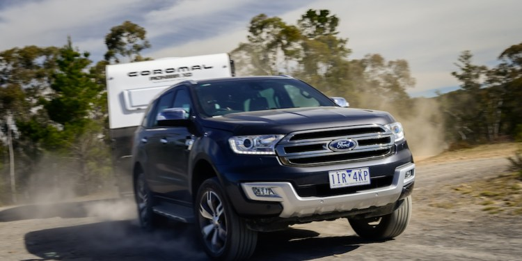 The Ford Everest towing a Coromal rough road caravan