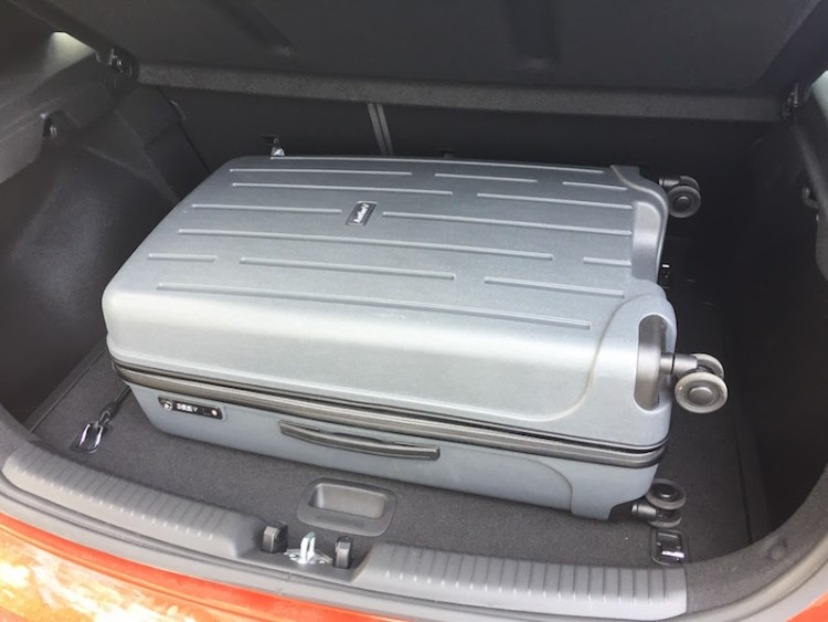 Hyundai i30 practicality review by Practical Motoring