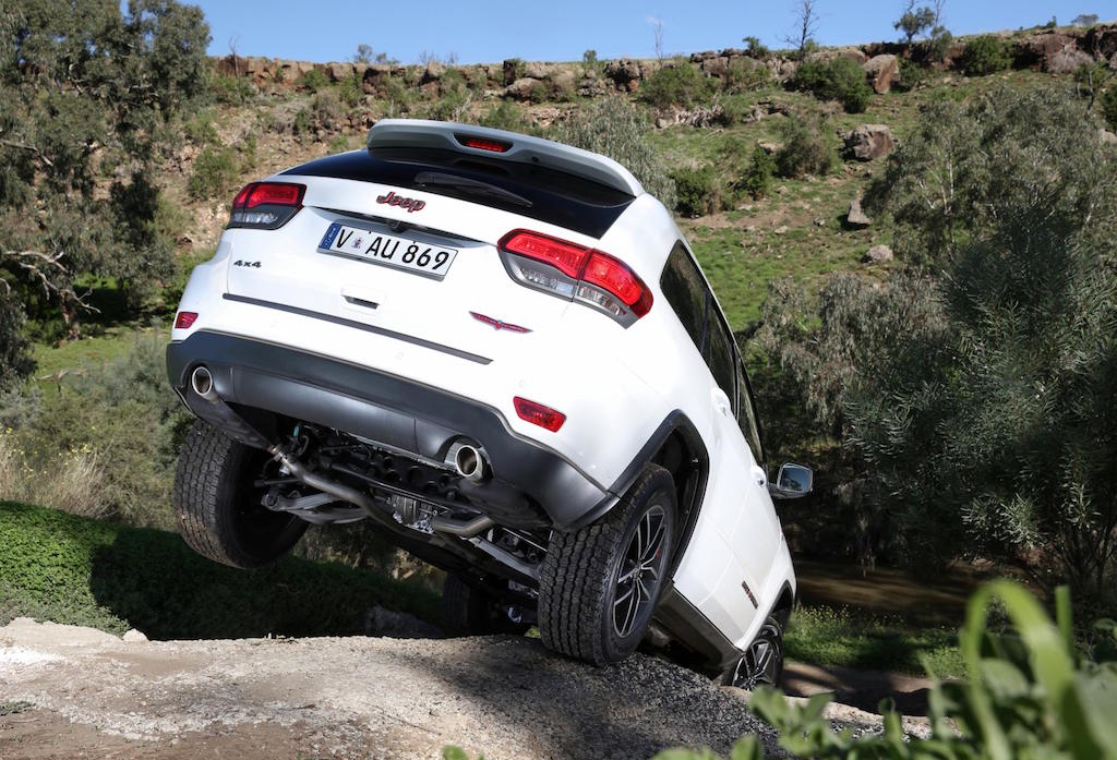 2017 Jeep grand Cherokee Trailhawk Review by Practical Motoring