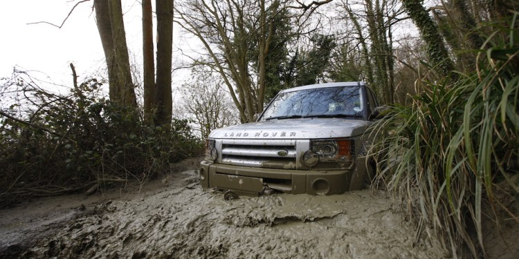 How to drive in mud