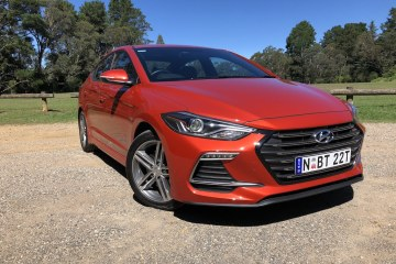 2018 Hyundai Elantra SR Turbo review
