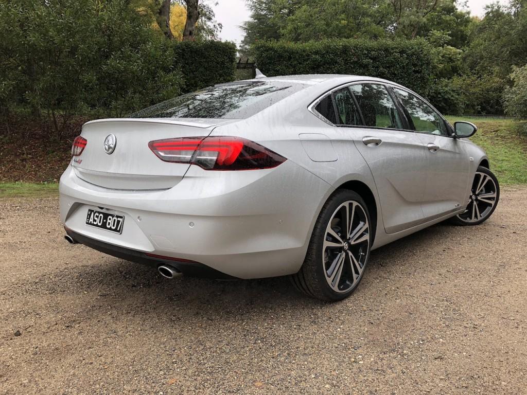 2018 Holden Commodore Calais-V Review