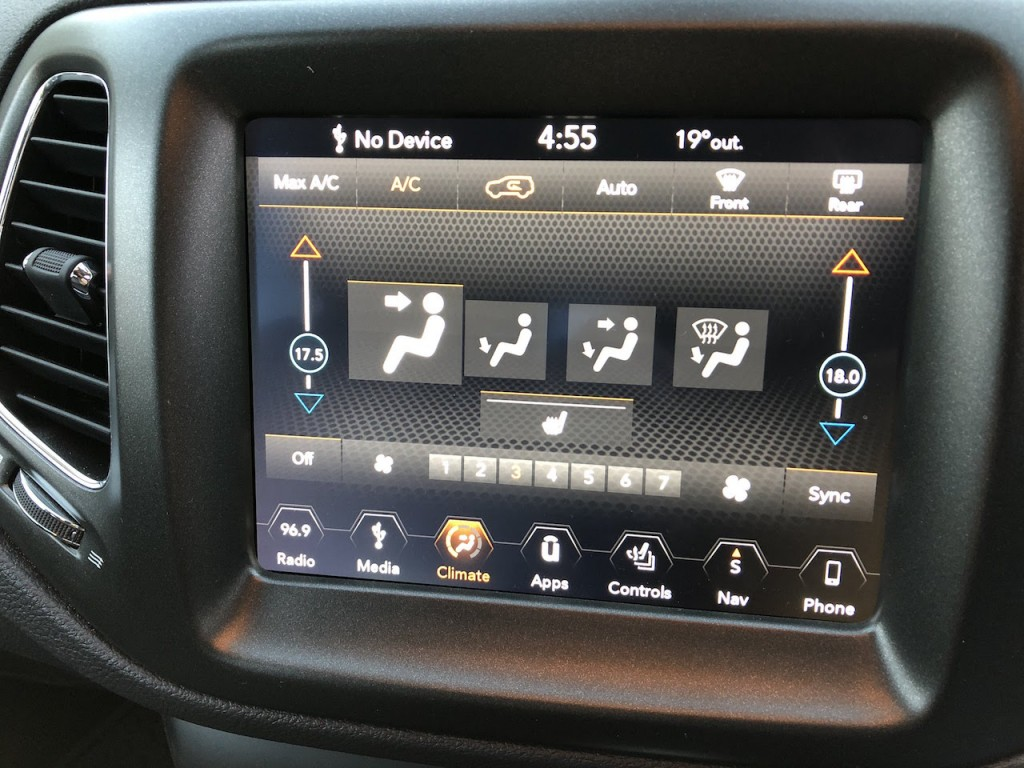 Jeep Compass 8.4-inch Uconnect infotainment