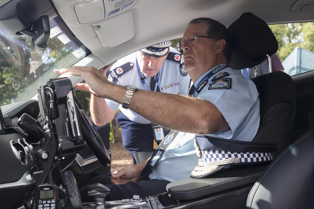 Queensland Police has chosen the Kia Stinger 330 V6 as its highway patrol car to replace the outgoing Commodore and Falcon.