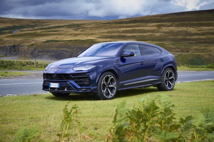 2018 Lamborghini Urus Review by Practical Motoring