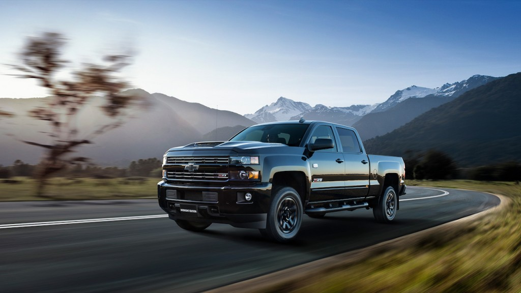 2019 Chevrolet Silverado 2500 Midnight Edition Review