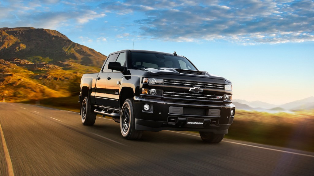 Chevy Midnight Edition >> 2019 Chevrolet Silverado 2500 Ltz Midnight Edition Review