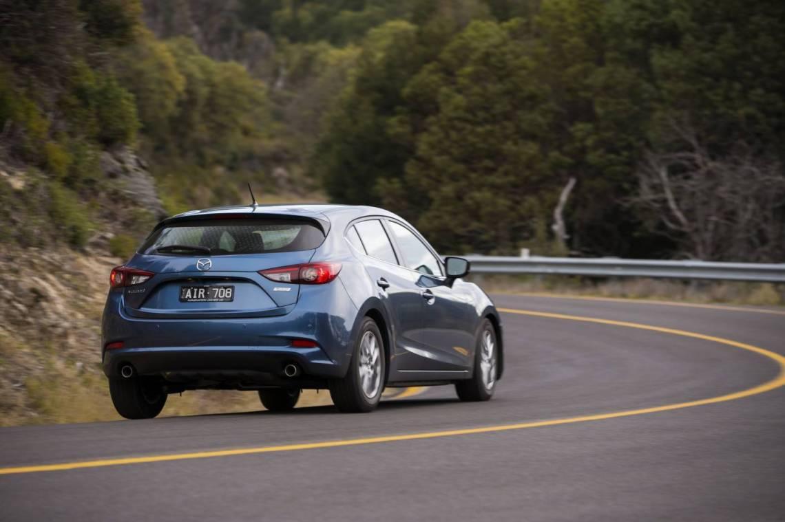 Toyota Corolla Vs Mazda3
