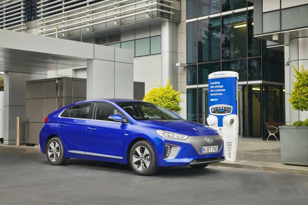 Hyundai Ioniq 2019 Review Hybrid Plug In And Electric
