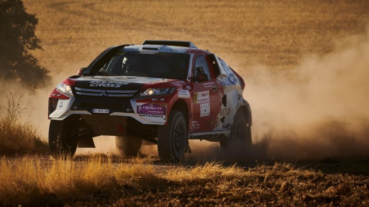 Mitsubishi Eclipse Cross to race at 2019 Dakar rally