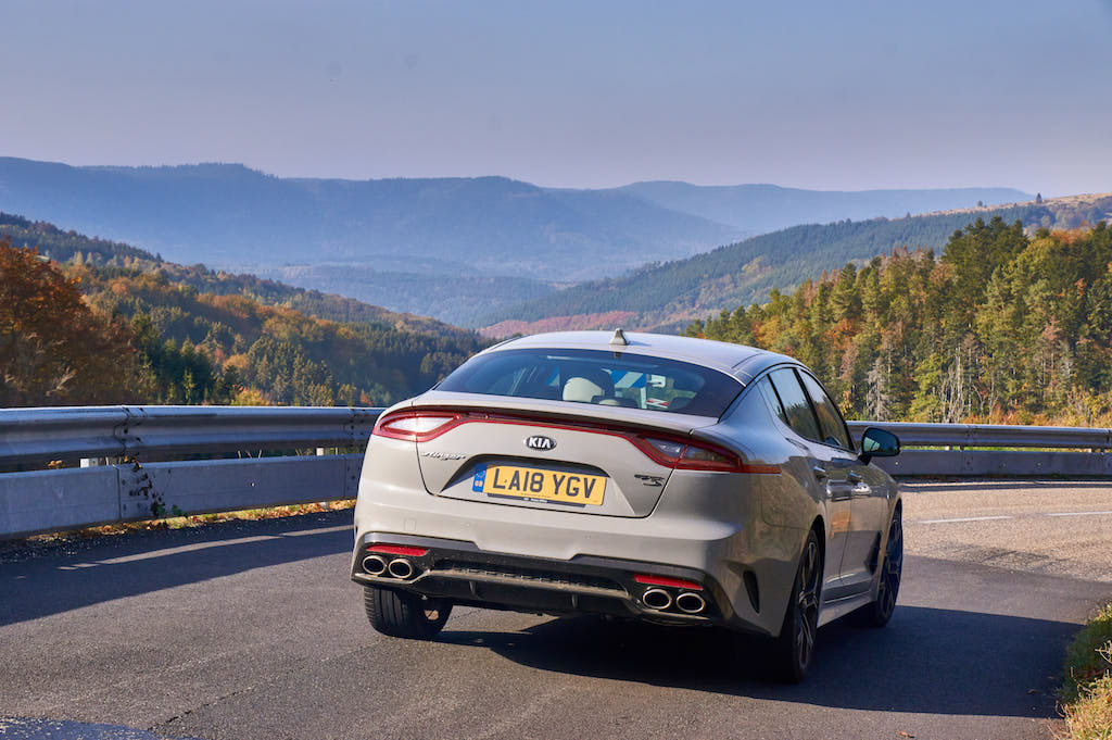 Paul Horrell continues his long-term test of the Kia Stinger with a drive from Blighty to France to drive the Bugatti Chiron.