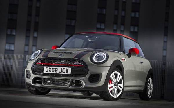Mini John Cooper Works gets a particulate filter to help meet Euro6 emissions standards