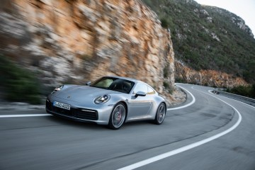 2019 Porsche 911 992 Review by Practical Motoring