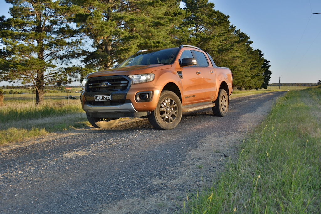 Ford Ranger Wildtrack Vs Volkswagen Amarok V6