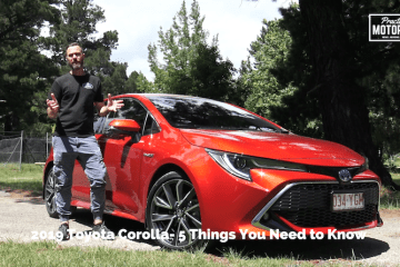 Toyota Corolla ZR Hybrid video review