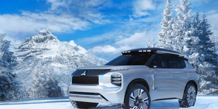 """The Mitsubishi Engelberg Tourer """"has been designed as an elegant and functional all-purpose crossover SUV"""" according to Mitsubishi which revealed it in full at the Geneva Motor Show."""