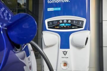 Hyundai Ioniq 2019 Review: Hybrid, Plug-In and Electric
