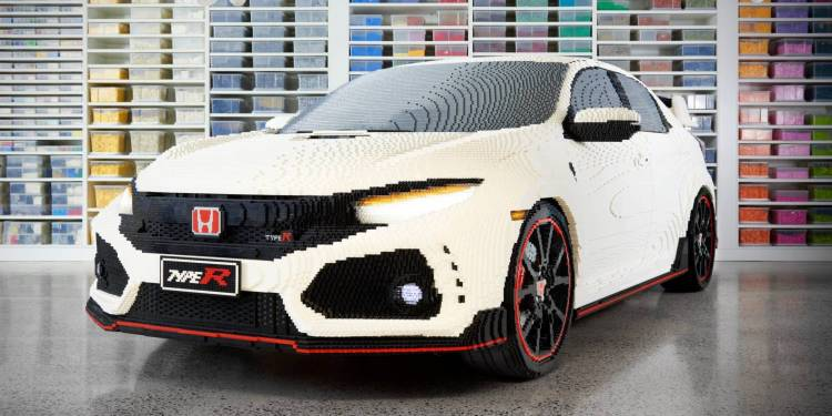 To launch TV program Lego Masters on Channel 9 at the end of this month, a life-size Lego Honda Civic Type R has been built.