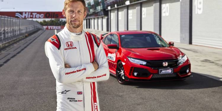 Jensen Button sets lap record at Mount Panorama