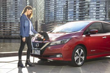 Anyone buying a Nissan Leaf will receive discounted charging rates at Chargefox fast chargers thanks to a partnership between the two companies.