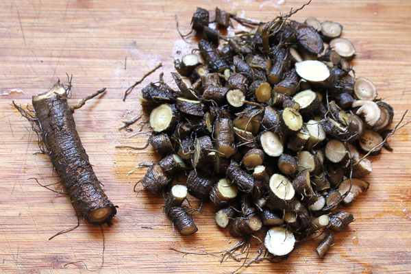 chopped burdock root