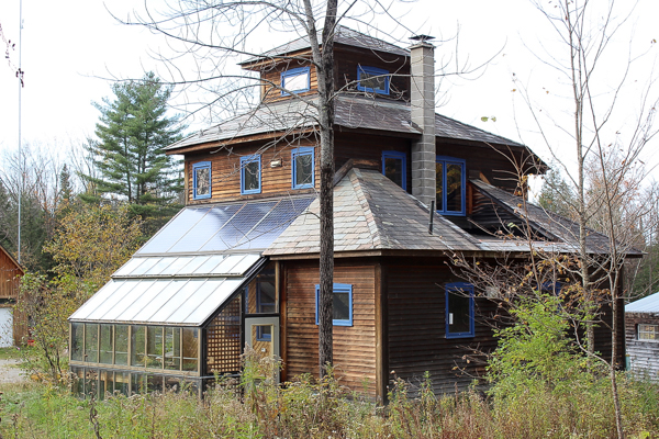 Off Grid Home From the Woods in Vermont