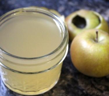 How to Make Apple Scrap Vinegar