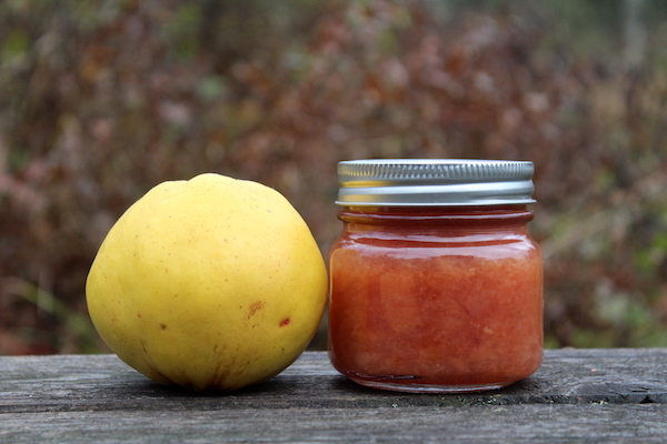 canning quince preserves