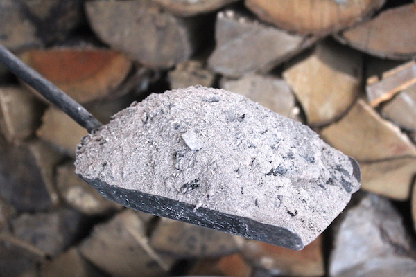 Uses for Wood Ash from Woodstoves
