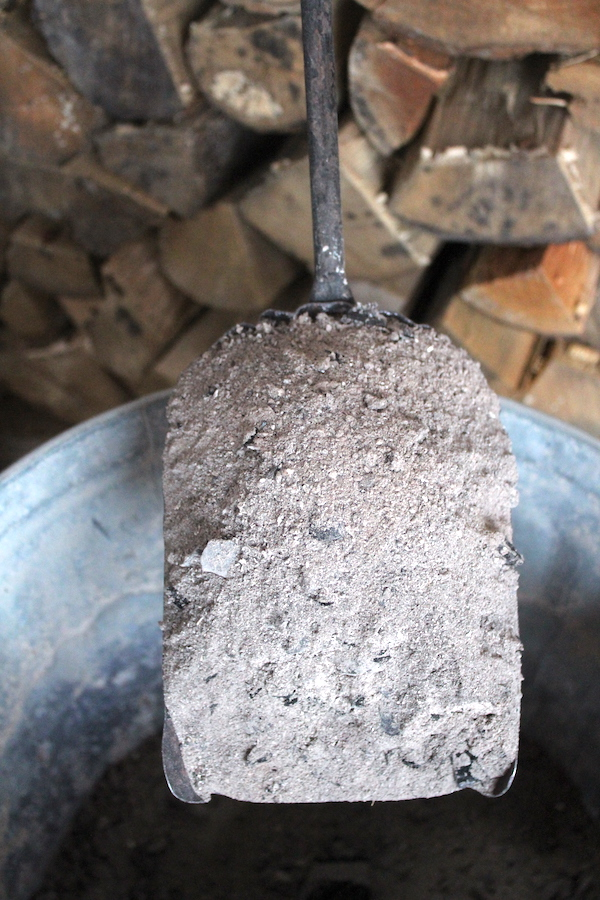 40+ Uses for Wood Ash from Woodstoves