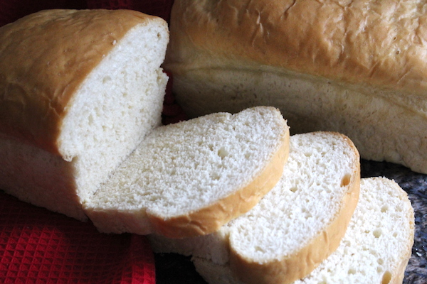 Homemade Amish White Bread Recipe (Amish Milk Bread)
