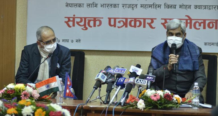 कोरोना विरुद्धको १० लाख डोज खोप भोलि नै नेपाल आइपुग्छ : स्वास्थ्य मन्त्री त्रिपाठी