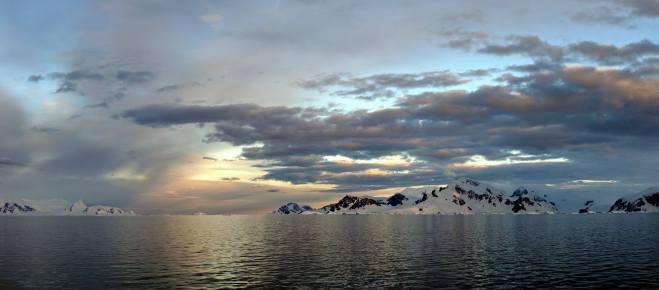 photos_and_videos/Antarcticalandscape_10155335928056869/18208925_10155335973116869_2524829707313780801_o_10155335973116869.jpg