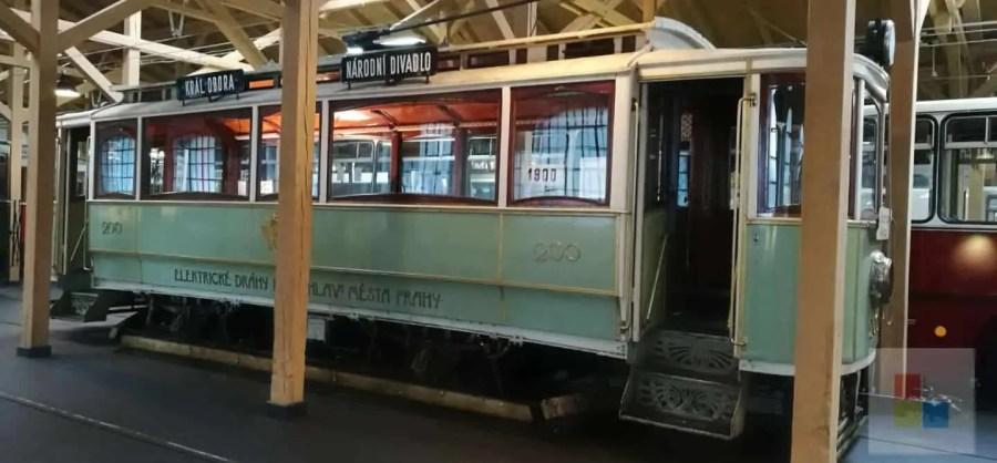 Salonwagen | Historische Straßenbahn | Prag