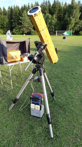 Amatérský astronomický dalekohled a Teslův transformátor